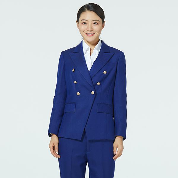 时尚宝蓝色西服